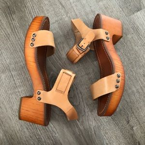 Lucky Brand Wooden Sandals Size 8.5